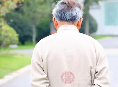 老人贫血有何症状 老人贫血吃什么