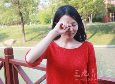 眼睛痒怎么办  眼内可能有效肉瘤