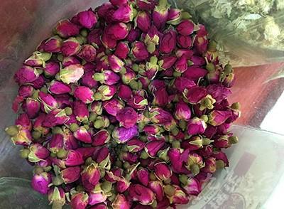 喝玫瑰花茶的好处 玫瑰花茶的禁忌有哪些