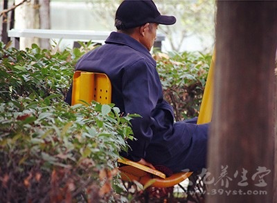 老人常失眠是什么原因 老人失眠吃什么