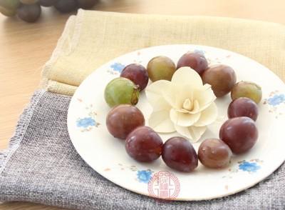 葡萄的功效与作用 葡萄有这四种功效