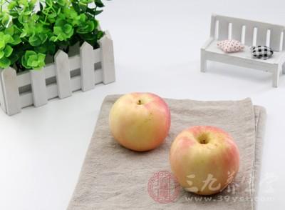空腹吃苹果好吗 吃苹果要注意这几点