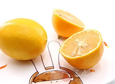 柠檬的功效与作用 吃柠檬有什么好处