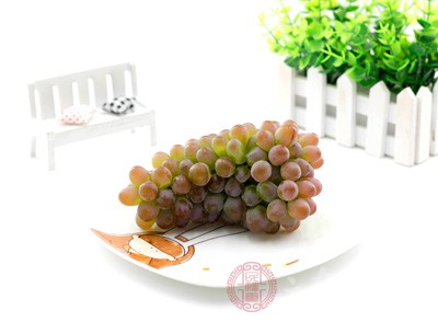 葡萄的功效与作用 葡萄具有缓解低血糖的作用