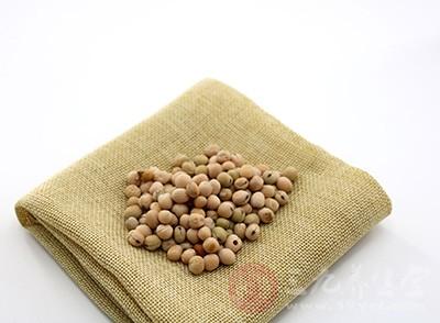黄豆的功效与作用 食用黄豆的注意事项有哪些