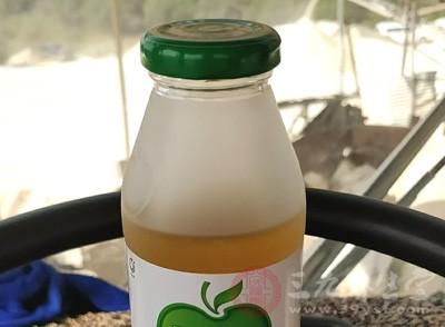 醋里的大量维生素抗氧化剂能促进新陈代谢