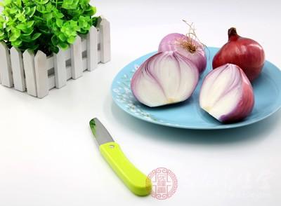 洋葱的功效与作用 吃洋葱要注意这些事项