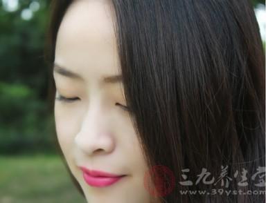 黑芝麻的功效与作用 黑芝麻治疗白头发吗