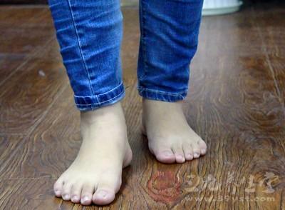 当然,不同的宝宝,穿的鞋子不同