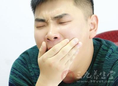 大胸口脑会指示人们猛打哈欠
