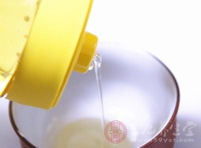 蜂蜜水的功效 这些时间喝蜂蜜水有好处
