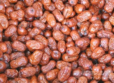大枣一天吃几个最好 孕妇吃红枣的功效与作用