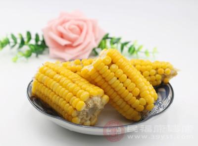 玉米200克,生姜15克