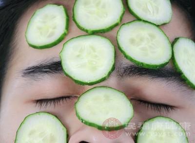 吃黄瓜有什么好处 黄瓜竟有这些神奇功效