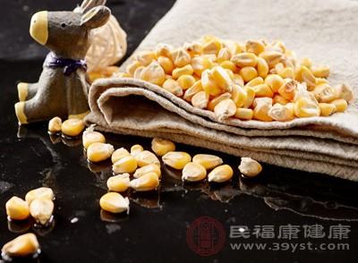 玉米中含有大量的纤维素还能帮助消化