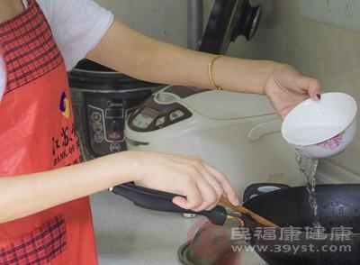 今年北京全市7成餐企将直播后厨