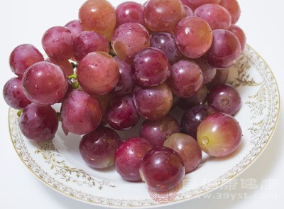 糖尿病可以吃葡萄吗 患有糖尿病注意这些