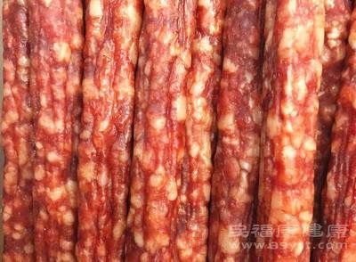 比如腌菜,香肠,猪头肉