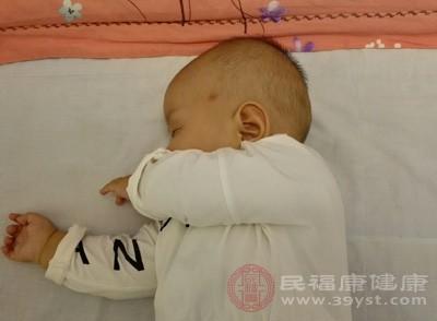 宝宝发烧怎么办 宝宝发烧吃它可以退烧