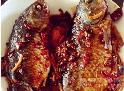 鱼头豆腐汤怎么做 吃它可以降低心脏病风险