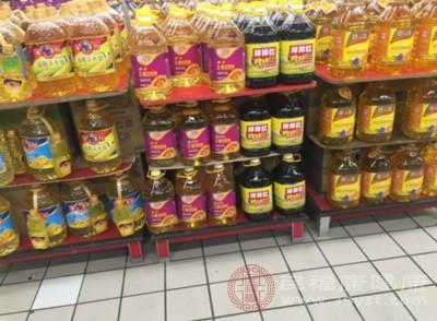 大豆油和花生油 哪一种更健康