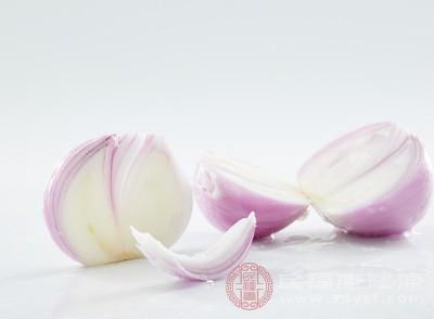吃洋葱有助于增强骨密度