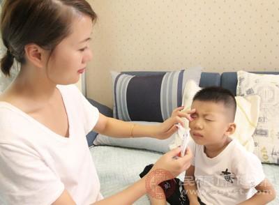 鹅口疮的治疗方法 两大方法有效治疗鹅口疮
