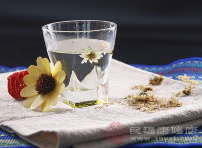 孕妇能喝菊花茶吗 喝菊花茶竟有这些好处