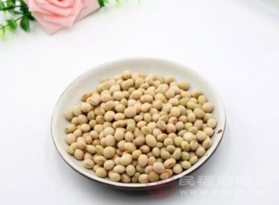 让黄豆、花生、杏仁、桃仁、芝麻及粟米等成为饮食伴侣