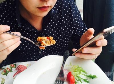 网络订餐平台需关注相关条款
