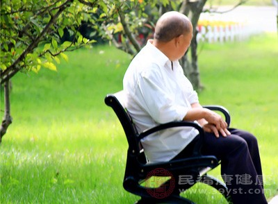 60至69岁居民脂肪肝检出率高