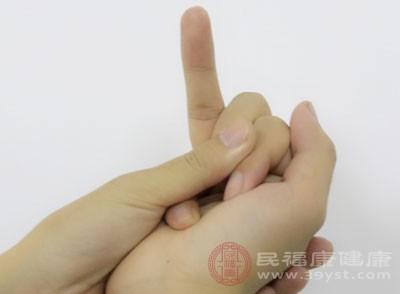 测血糖扎哪个手指 监测血糖7个时间点最佳