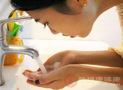 改善肌肤的方法 5种方法有效改善肌肤