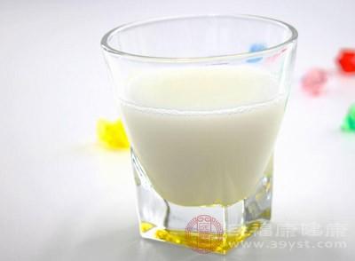 糖尿病可以喝纯牛奶吗 喝牛奶有这些好处