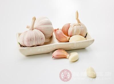 春季吃大蒜的好处 吃它对身体竟有这些好处