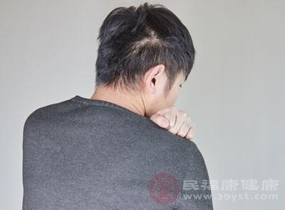 肩周炎的症状 4大原因造成肩周炎