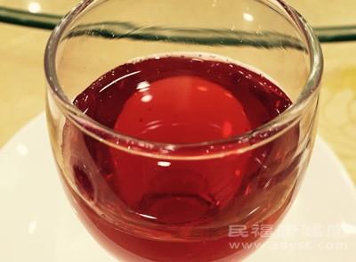 女性喝红酒的好处 喝红酒要注意什么