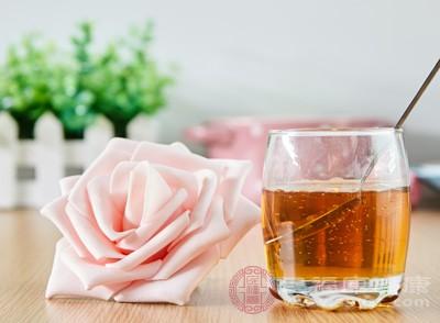 糖尿病人能喝蜂蜜吗 喝这些才有降糖的效果