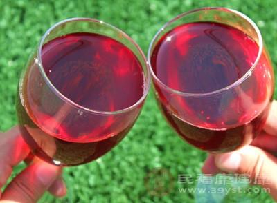 葡萄酒的功效与作用 葡萄酒的5大神奇功效
