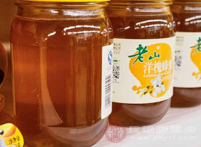 加蜂蜜50克、冰片3克