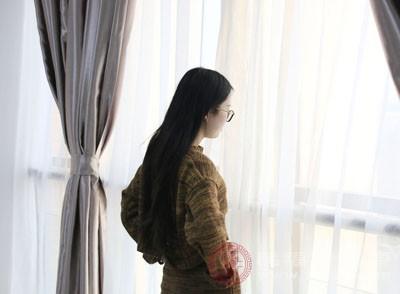 对于女人来说,在日常保健中会特别关心身体的变化