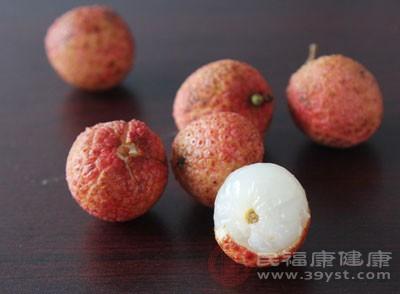 荔枝大家都知道是非常甜的一种水果