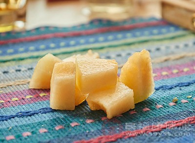 吃哈密瓜的好处 吃这种水果有效舒缓情绪
