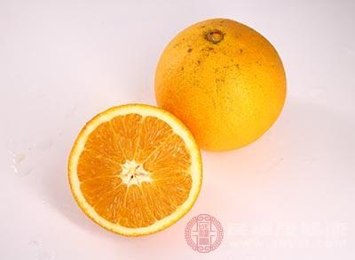 橙子中含量丰富的维生素C、P
