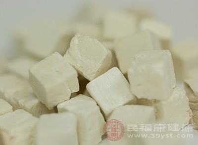 食用茯苓也可以是减少的白细胞迅速的回升