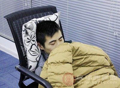 失眠呈年轻化趋势 调整睡眠状态要科学
