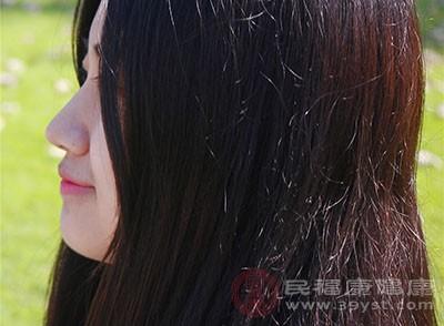 脱发是什么原因引起的 这些食物缓解脱发