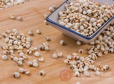 薏米是专门可以去除湿气的食物