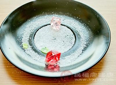 盐水清洗鼻腔是比较常见的治疗方式