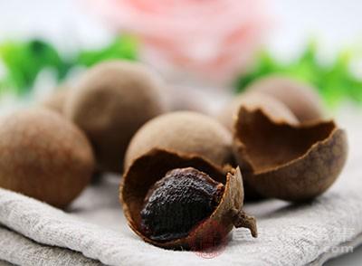 经常吃桂圆干具有安神的作用